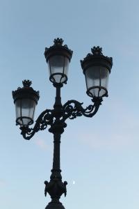 OConnell Br Light
