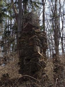 Stone Ruins Chimney 2 RC