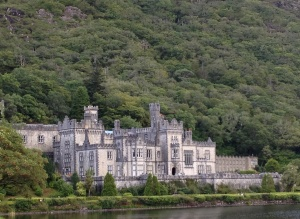 17-Kylemore-Abbey