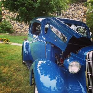 Antique Blue Car Inst