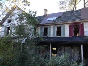 Creepy DE House
