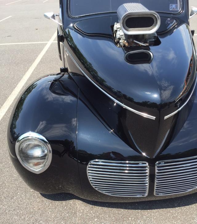 Classic-Black-Streetrod