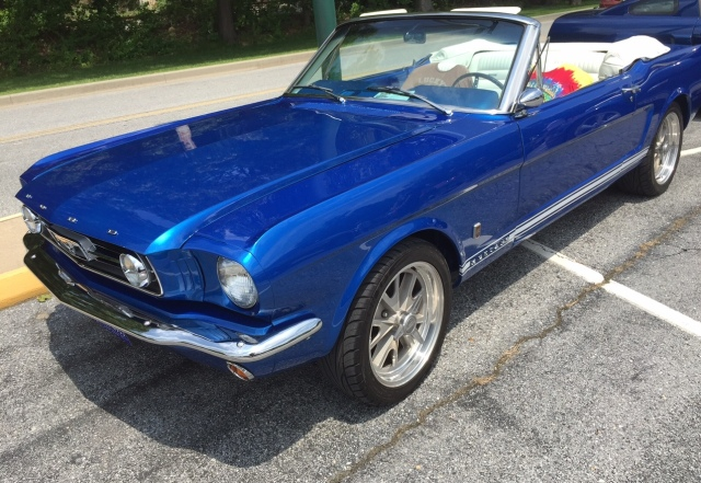 Royal-Blue-Classic-Mustang-2